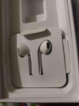Audifonos iphone nuevos. De cable