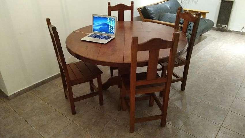 Mesa Algarrobo + 6 sillas + cama colchón y escritorio 0
