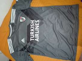 Camiseta river talle xxl alternativa