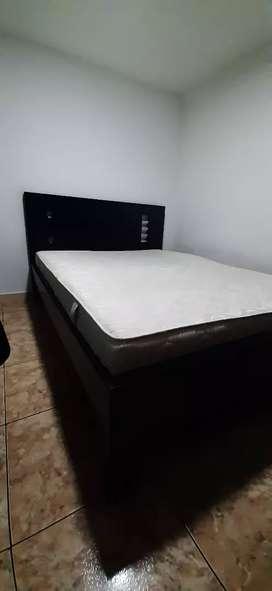 Se vende cama de 1.40 mts