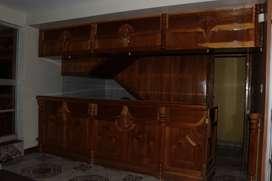 vendo precioso bar en madera fina