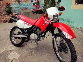 Vendo Honda XL flamante