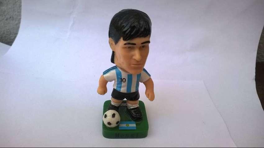 Muñequito De Messi Mundial 2010 Energizer Con Pelota Especial Para Tortas