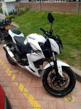 Se vende moto kawasaki Z 250