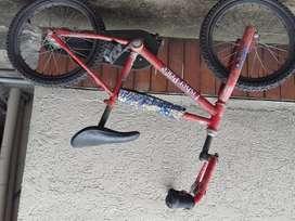 Bicicleta para nios Fisher price