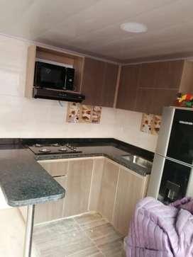 Ventas de cocinas integrales hechas a medidas, puertas, closet, muebles de baño entre otros. Cotice ahora.