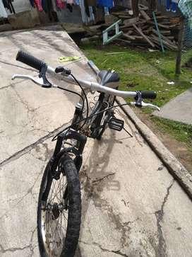Vendo bicicleta o cambio por una montañera