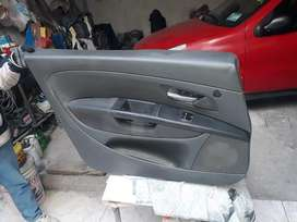 Tapizado Puerta Delantera Izquierda Fiat Punto