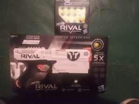 Nerf rival nueva con 30 proyectules
