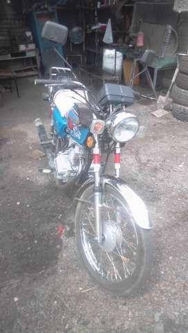 Vendo moto marca QINGQI  del año 2008 en perfecto estado matriculada del año