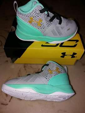 Tenis Unisex Under Armour Curry Nuevos