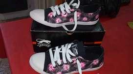 Vendo zapatillas nuevas último par