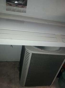Renate aire pisotecho de 5 ton enfria 80mts2 a 100mts