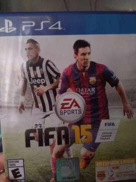 Se vende FIFA 15 para ps4