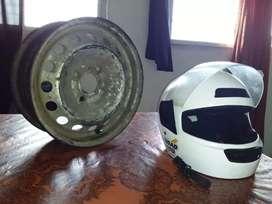 Vendo casco moto y llanta nro13
