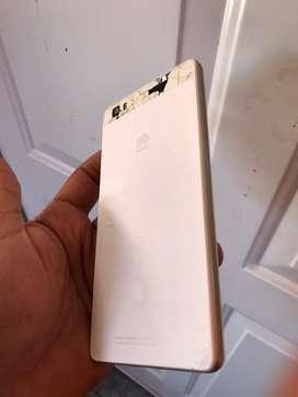 Huawei p8 no anda bien el tactil.