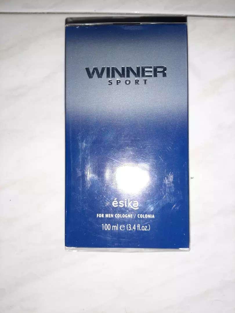 Perfume totalmente NUEVO Winner Sport de ESIKA 0