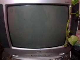 Vendo TV a reparar