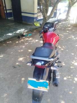 Vendo moto discover St 125 2019