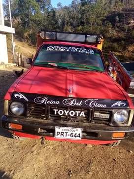 Toyota 2200