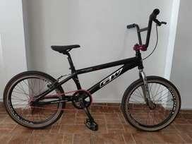Bicicleta GW Cross-Rin 20