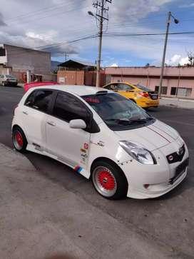 Vendo un Hermoso Toyota Yaris NITRO 2006 motor VVTI 1.3 flamante