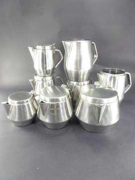 Liquido juego de te de acero inoxidable  1 tetera (de Gastronomia)