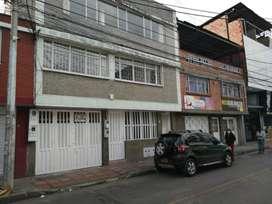 Arriendo apartamento de 4 habitaciones barrio la Estrada
