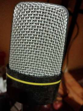 SE NECESITA UN CANTANTE DE REGETON no importa que no sea cantante profesional