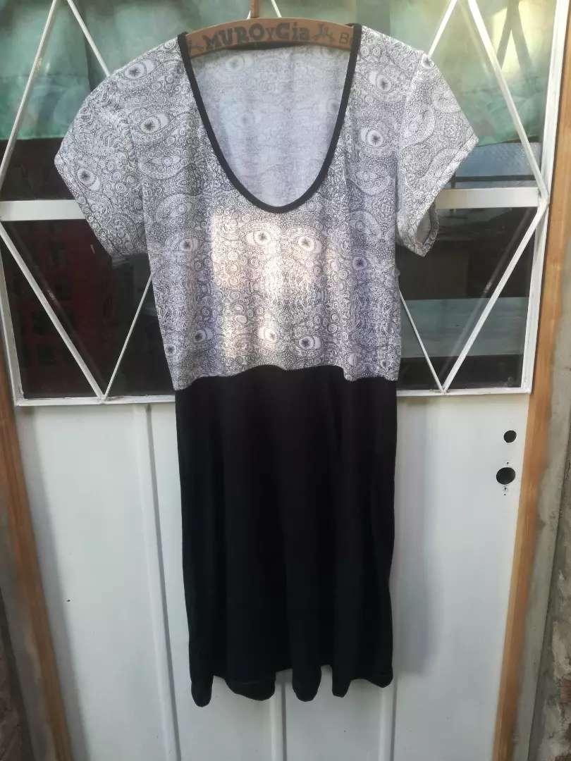 Vestido  de mujer 0