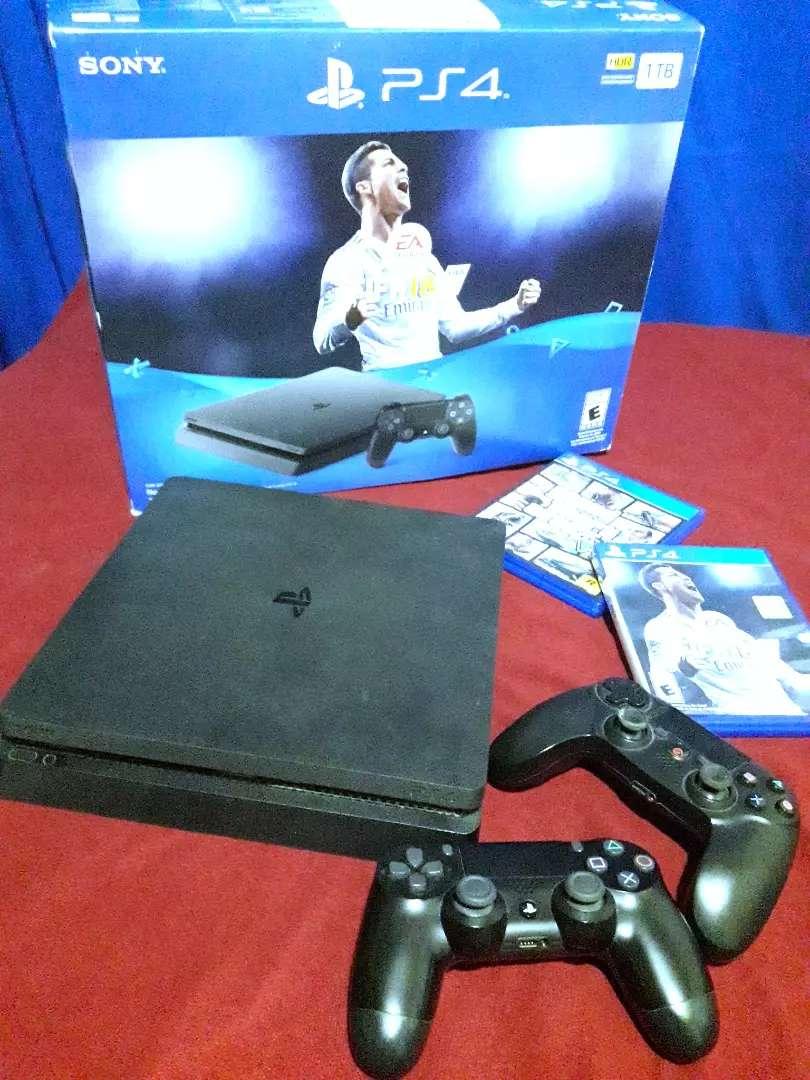 PlayStation 4 sony 0