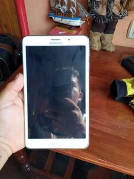 Se vende una tablet tab 4