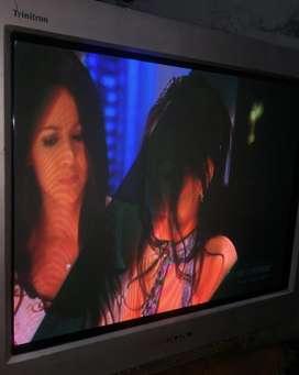 Tv sony 21p con su control gris en buen estado estereo color plano