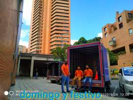 Servicio de mudanzas acarreos trasteos empresa cooperativa en el norte en el sur localidades todos los barrios Bogotá