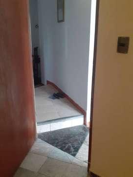 Habitacion con baño para persona sola