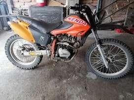 Vendo Motor 1 matricula Atrasada 500.usd