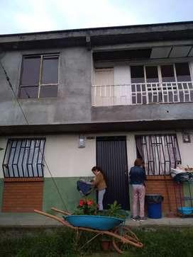 Vendo casa duplex en Comfamiliar Cuba