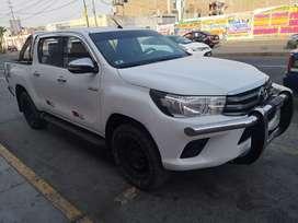 Vendo Toyota hilux SR