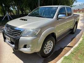 Toyota hilux 2013 automatica cuero 4x4