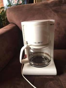 Cafetera Eléctrica Mr Coffee 10 Tazas