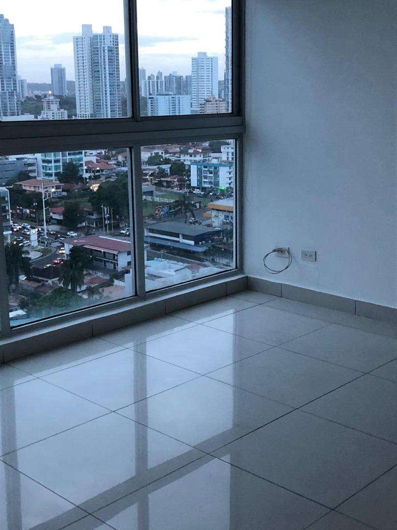 Apartamento en Edificio Moon Tower San Francisco, Ciudad de Panamá 0