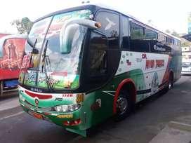 Bus Hino con puesto facilidad de pago 65000