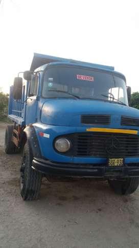 Vendo camion volquete en buenas condiciones
