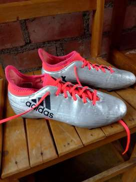 Chimpunes Adidas Originales Plateados
