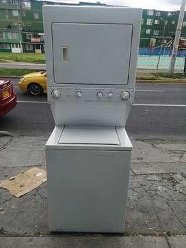 Venta de torre lavadora marca frigidaire  americana con garantía