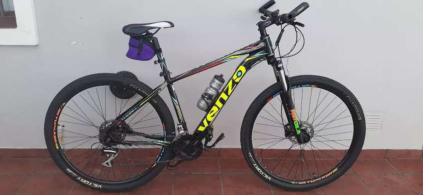 VENZO THORN EVO. (impecable). 0
