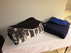 Edredones usados Cama doble y cama sencilla