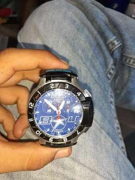 Se vende reloj tissoten exelente estado