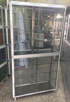 Vitrina lateral en aluminio de 120x180x35