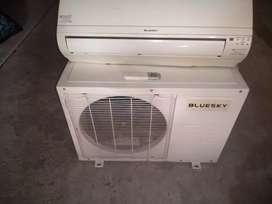 Aire acondicionado de 2500 frigorías frio solo